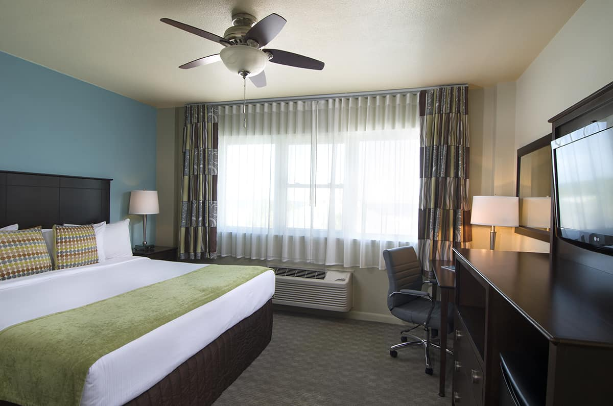 The Inn's Gulf View Hotel Room Featuring a King Bed